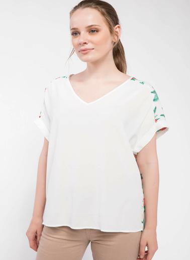 DeFacto Omuz Detaylı Bluz Ekru